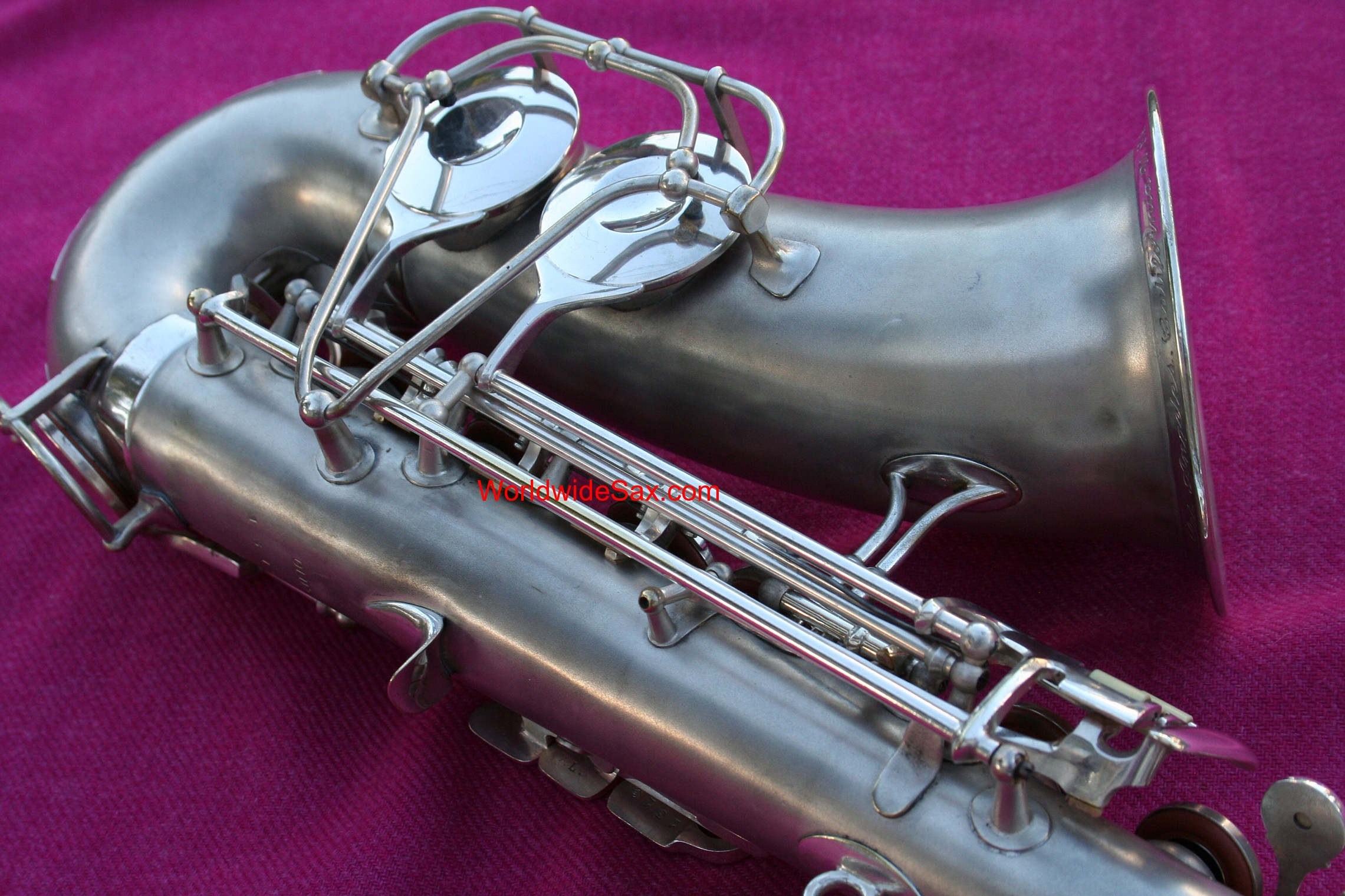 Olds 1940s 'Super' Eb Alto, Silver #1,31x (Archived)