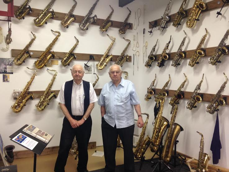 Bob and his twin brother Bill at WWS May 2015.